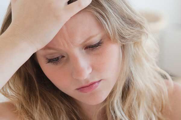nhận biết triệu chứng tiền mãn kinh